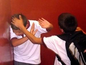 800px-Bullying_on_Instituto_Regional_Federico_Errázuriz_(IRFE)_in_March_5,_2007